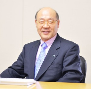 prof_tatsumi